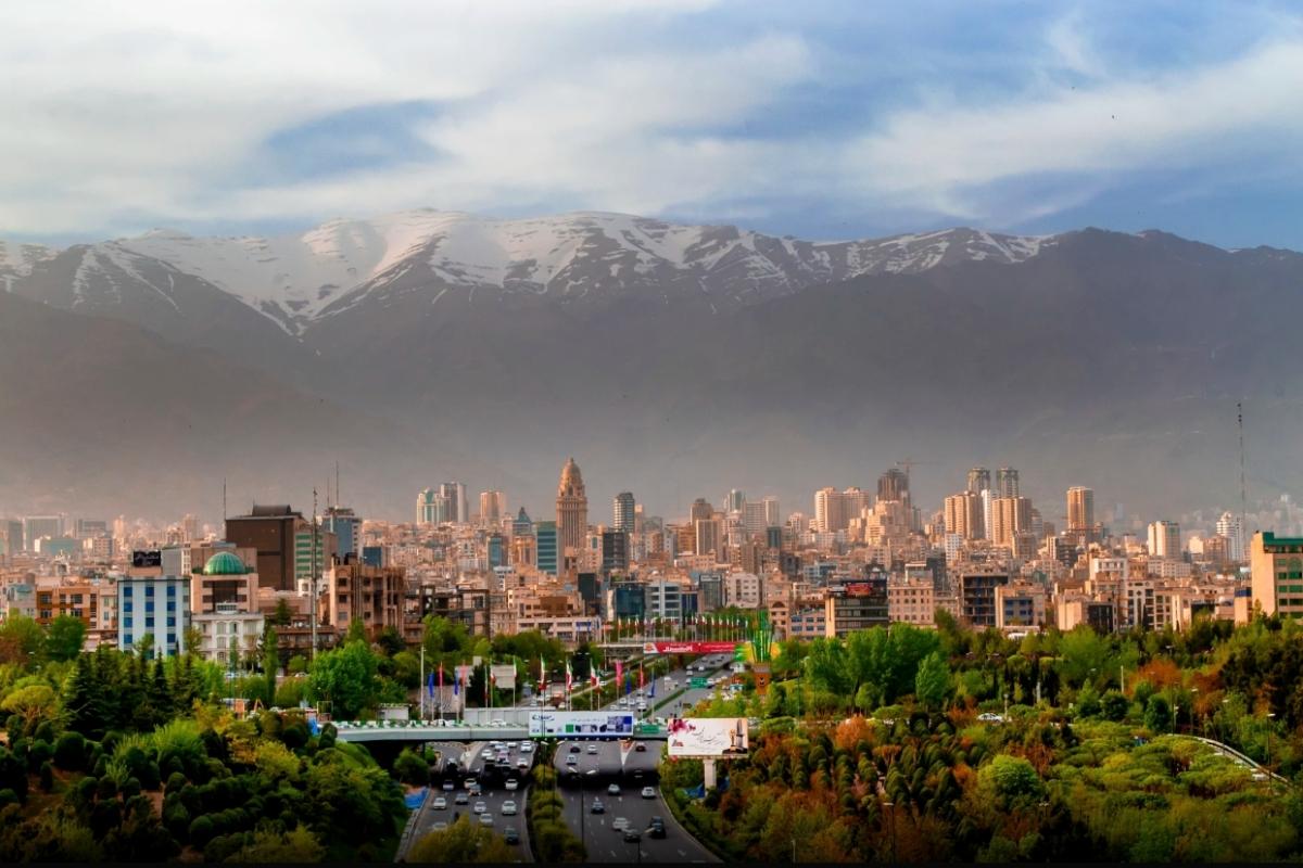 İran'da Bir Ay